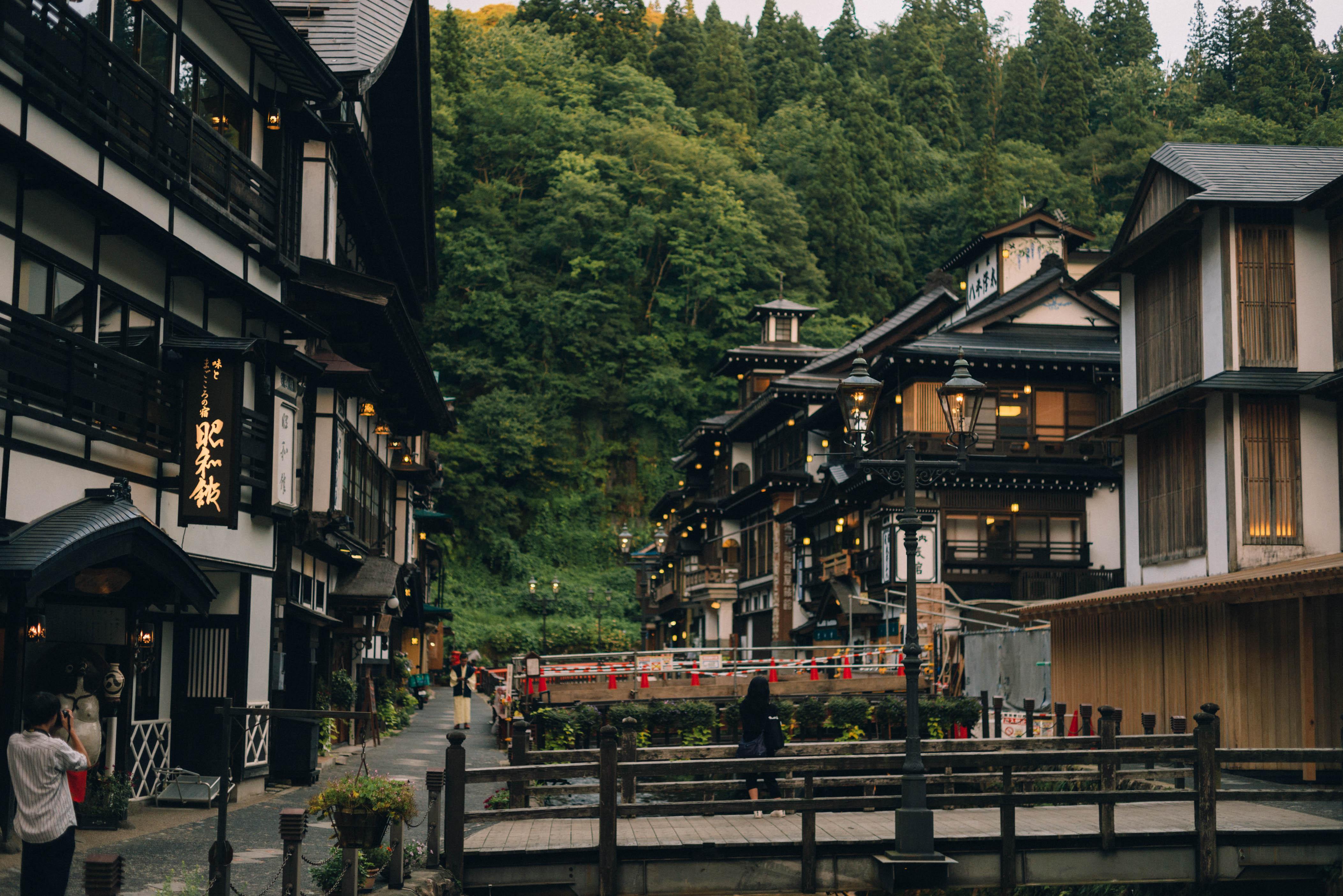 最上地方を走った最後は銀山温泉。【日本一周158日目09.02】