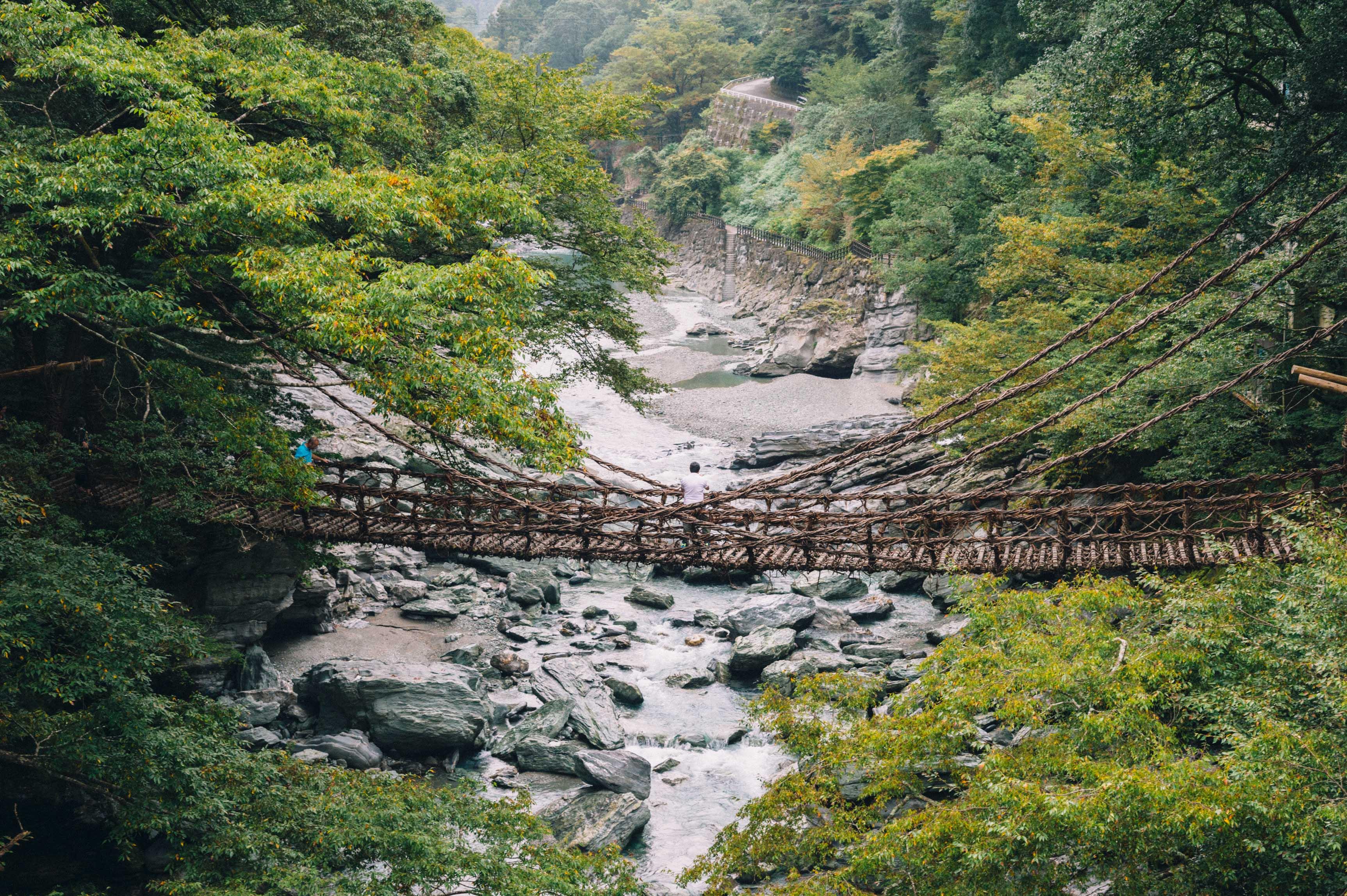 徳島の秘境、祖谷渓谷から香川県へ。  【市町村一周】