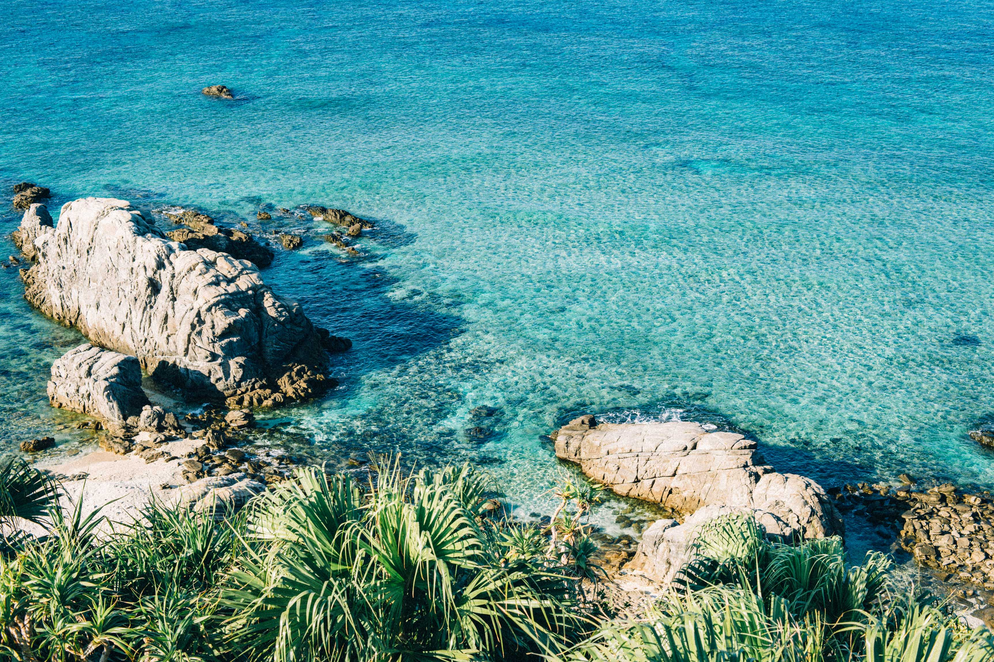 世界が愛した「ケラマブルー」を求めて慶良間諸島へ。【市町村一周の旅】
